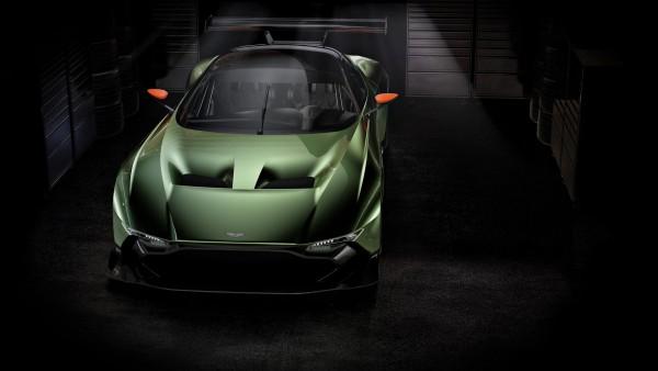 Aston-Martin-Vulcan-2.jpg