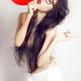 1348417181_elly-tran-sexy-boobs-3